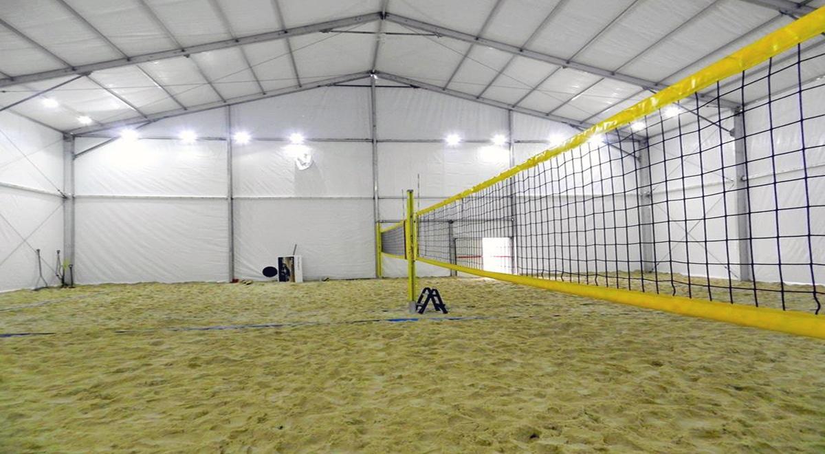 półkolonie dla dzieci warszawa 2021 - hala sportowa monta beach club